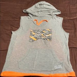Pullover Sleeveless Hoodie. GUC